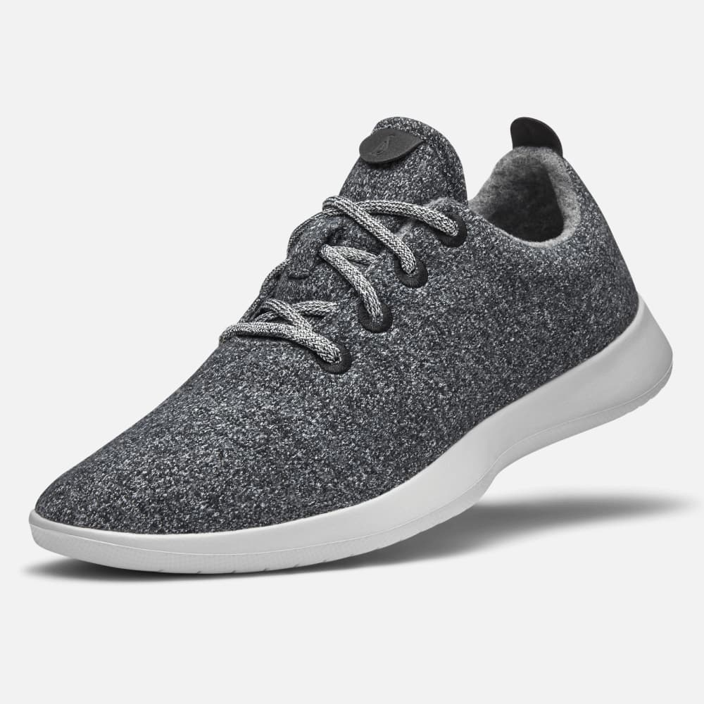 sneaker for business casual