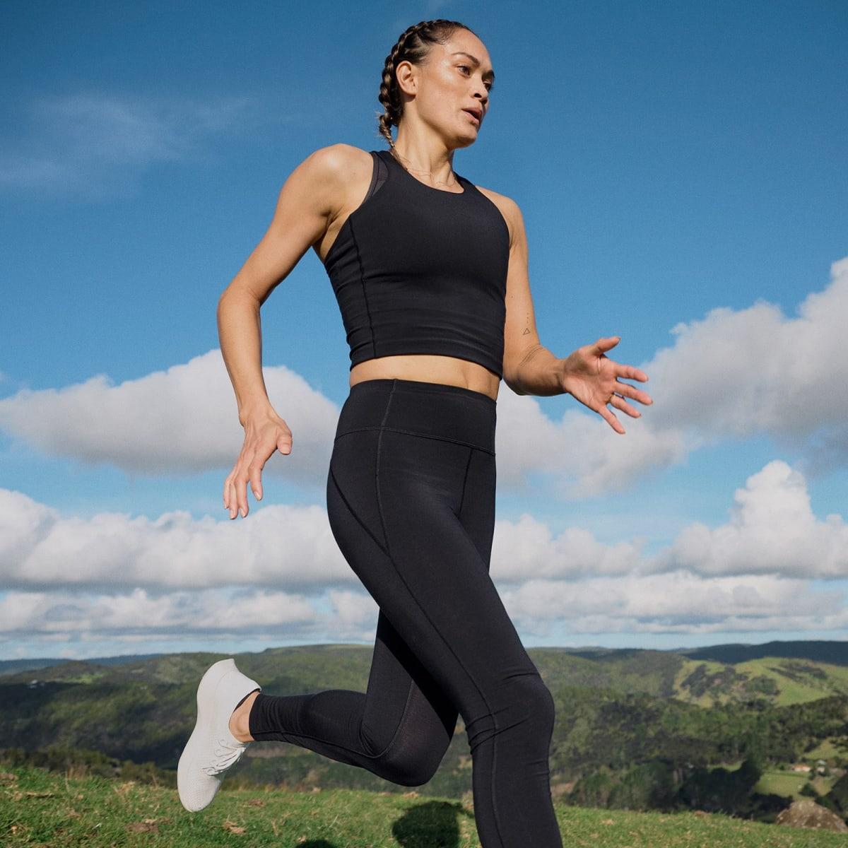 Women's Natural Run Form Tank - Natural Black